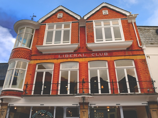 Oriel Windows Liberal Club Launceston